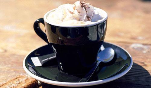 Чашка кофе. с пенкой
