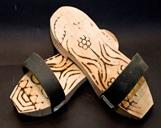 Такунья - деревянные тапочки для хамама